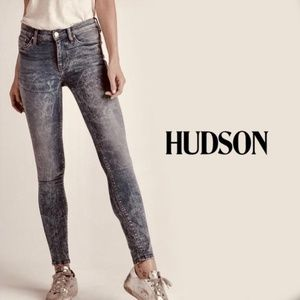 "HUDSON Mid Rise Super Skinny ""Nico"" Acid Wash Jean"